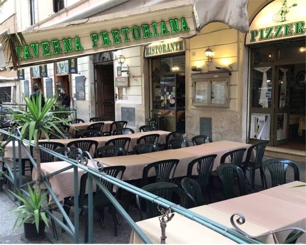 TAVERNA PRETORIANA -Roma