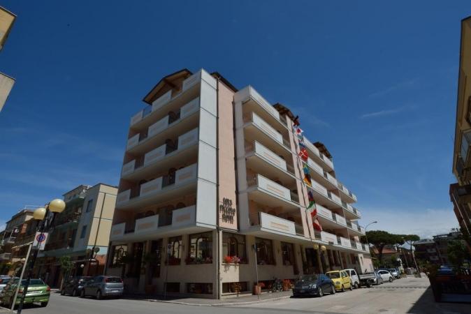 LOLA PICCOLO HOTEL-Marina di Grosseto MARE
