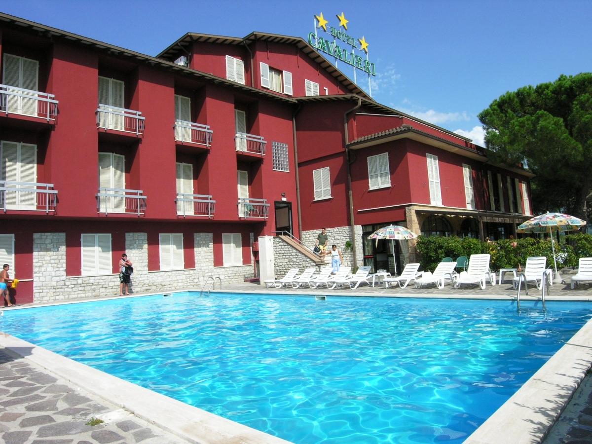 HOTEL CAVALIERI-Passignano sul Trasimeno