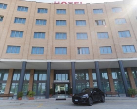 HOTEL CAVALIERI e RISTORANTE IL PRINCIPE- Bra COLLINA e CAMPAGNA