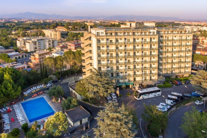 QUALITY HOTEL ROUGE ET NOIR- 4 stelle CITTA'
