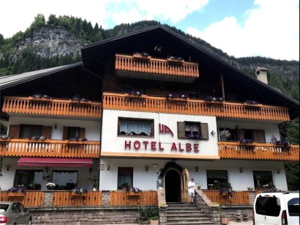 HOTEL ALBE- Rocca Pietore MONTI